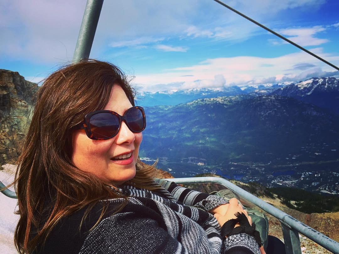 She cruises down the mountain.
